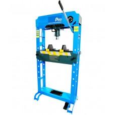 Air / Hydraulic Press 50,000 kg's